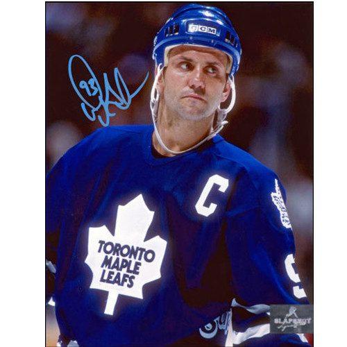 Toronto Maple Leafs Doug Gilmour Signed Close Up 8x10 Photo|Doug Gilmour Toronto Maple Leafs Signed Close Up 8x10 Photo
