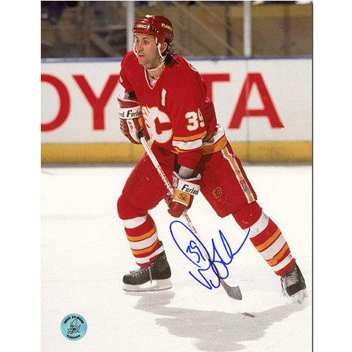 Doug Gilmour Calgary Flames Signed 8x10 Action Photo