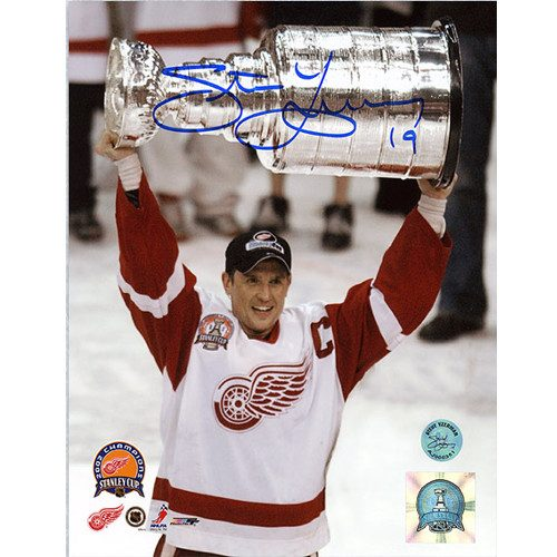 Steve Yzerman 2002 Stanley Cup Detroit Red Wings Signed 8x10 Photo