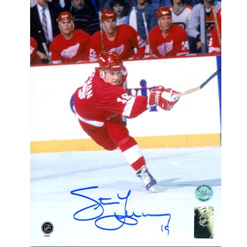 Steve Yzerman Detroit Red Wings Hockey Sniper Signed 8x10 Photo