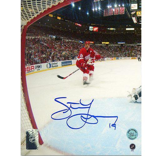 Signed Steve Yzerman Photo-8x10 Detroit Red Wings Net Cam Photo
