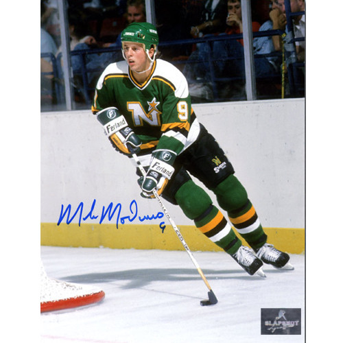 Mike Modano Minnesota North Stars Autographed 8X10 Vintage Photo 55b1ee335e2