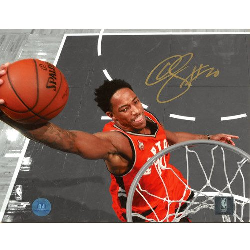 Demar DeRozan Signed Photo-Toronto Raptors 8x10