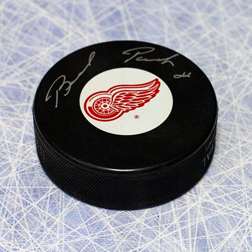 Brad Park Autographed Puck-Detroit Red Wings NHL Puck