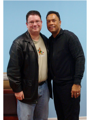 Alomar-1-autograph-signing